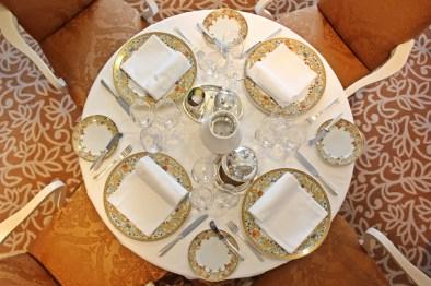 Gedeckter Tisch im The Grand Dining Room