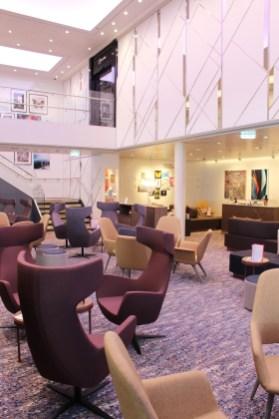 Deck 4: LUMAS Galerie