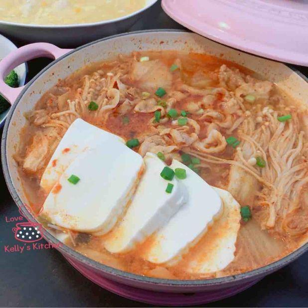 韓式泡菜豬腩片煲