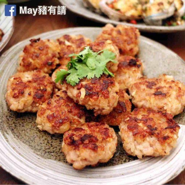 咸魚馬蹄煎肉餅