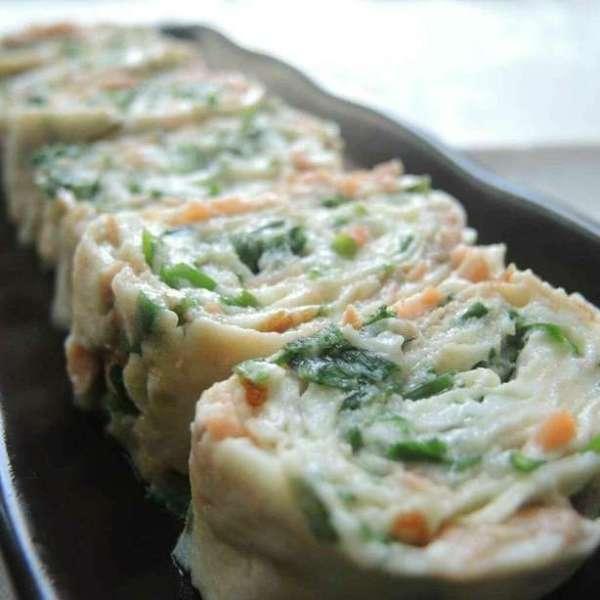韭菜三文魚蛋卷