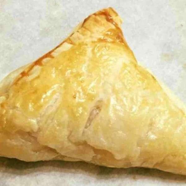 粟米吞拿魚酥
