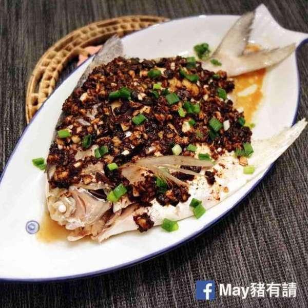 蒜蓉豆豉蒸鯧魚