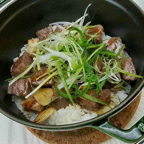 日式照燒汁牛柳粒焗飯