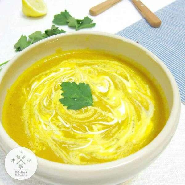 Crème Fraiche拉花南瓜濃湯