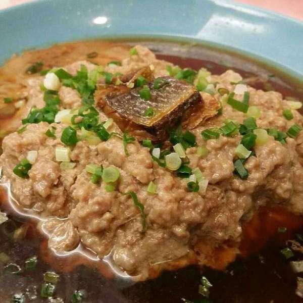 So絲黃食譜- 蒸肉餅 (配上咸魚或咸蛋均可)