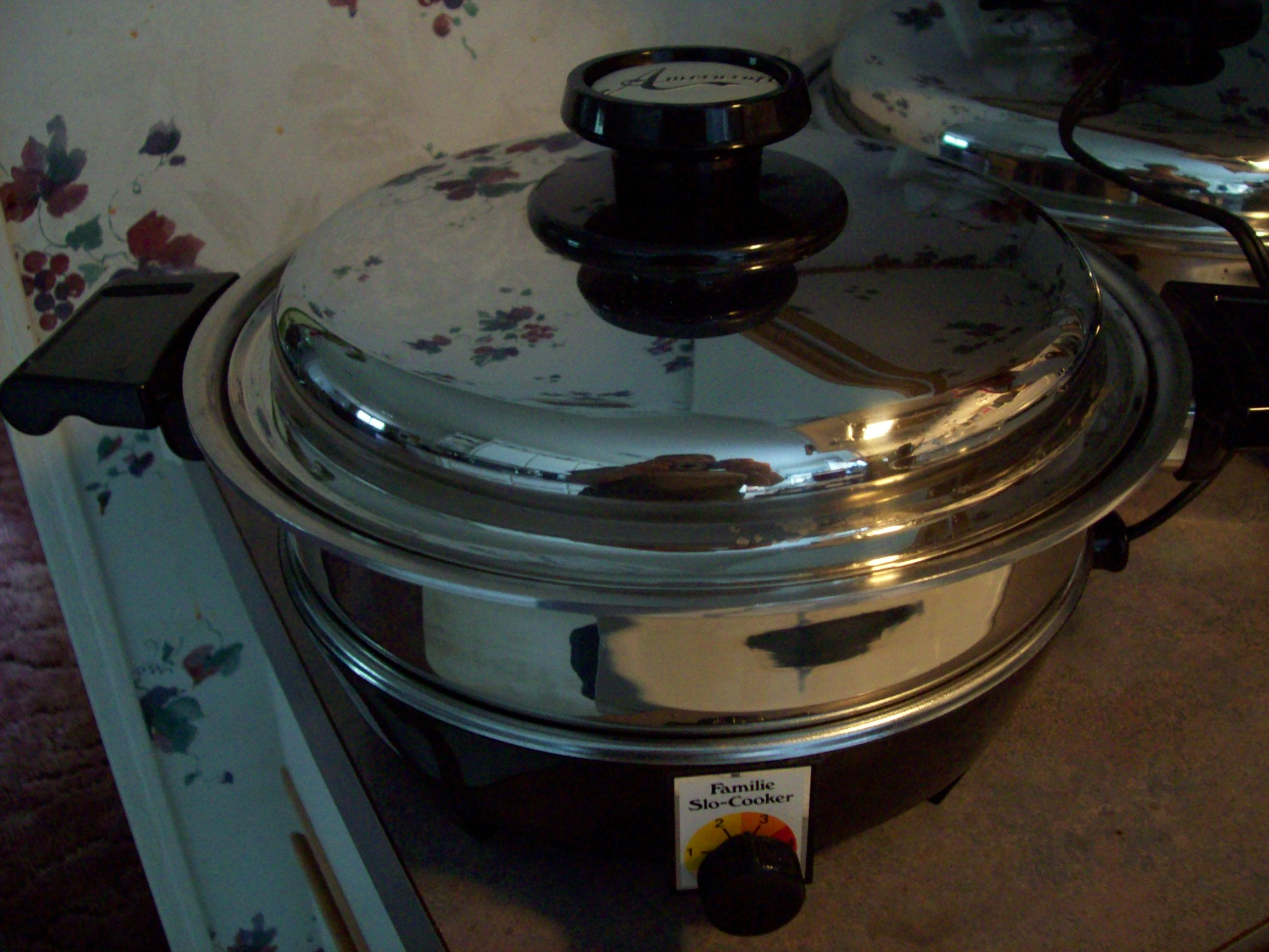 The 2QT Gourmet Slo-Cooker