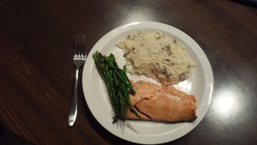 Citrus salmon with asparagus and mashed potatoes