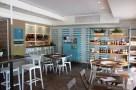 Pesce Baracca - Mercato e Cucina, una Vista dell'Area Street Food. Foto di Giorgio Dracopulos