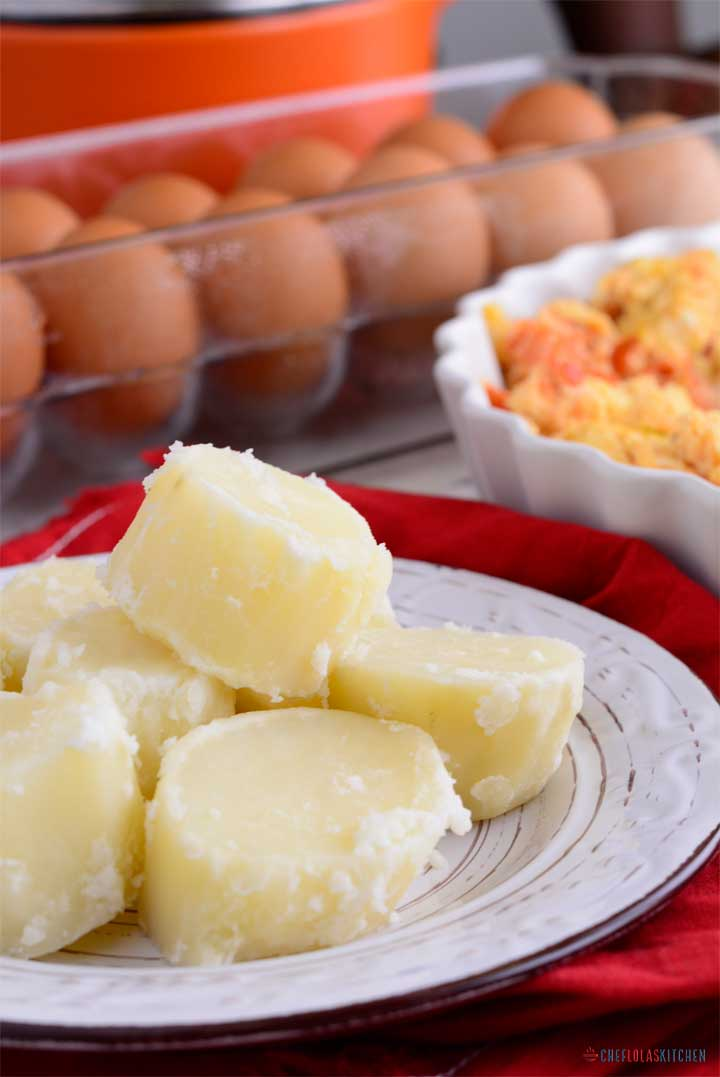 Steaming or boiling is one of the healthiest methods of preparing potatoes. They even taste better when tossed with melted butter or coconut oil