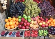 wednesday is market day in Verona, Italy