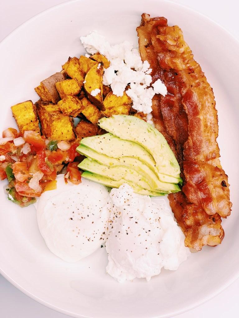 Egg, Bacon and Sweet Potato Breakfast Bowl