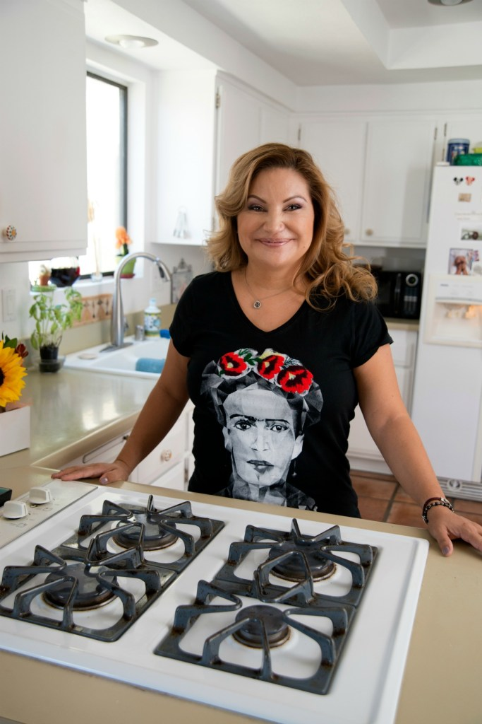 Chef Rosie O'Connor, SoCal Latina Chef, California Latina Chef, Award-Winning Latina Chef, SoCal Food Blogger, SoCal Travel Blogger, Brand Partnerships, Restaurant Consulting, Speaking