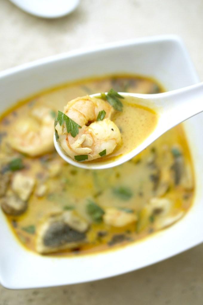 thai shrimp coconut soup