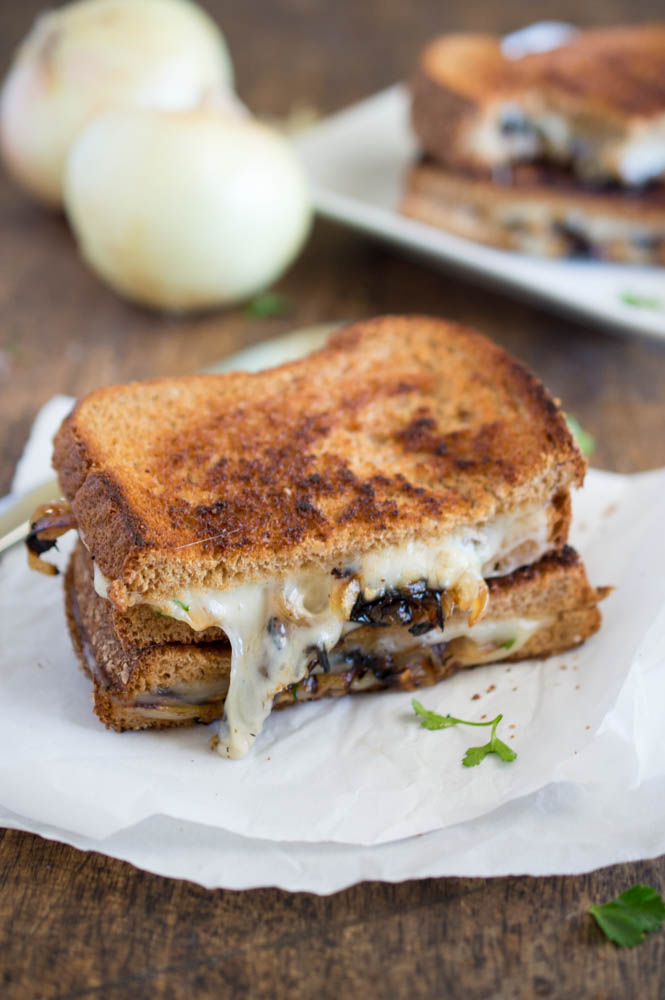 French Onion Grilled Cheese Recipe   chefsavvy.com