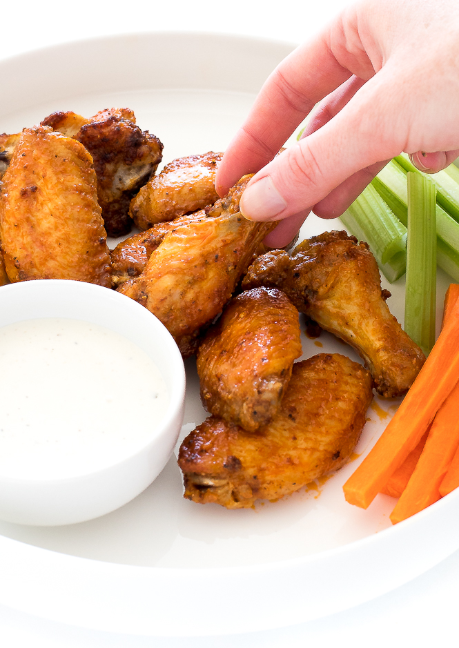 Air Fryer Chicken Wings | chefsavvy.com