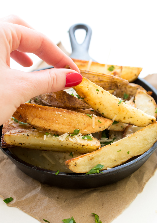 Baked Parmesan Potato Wedges | chefsavvy.com #recipe #wedges #side #potato