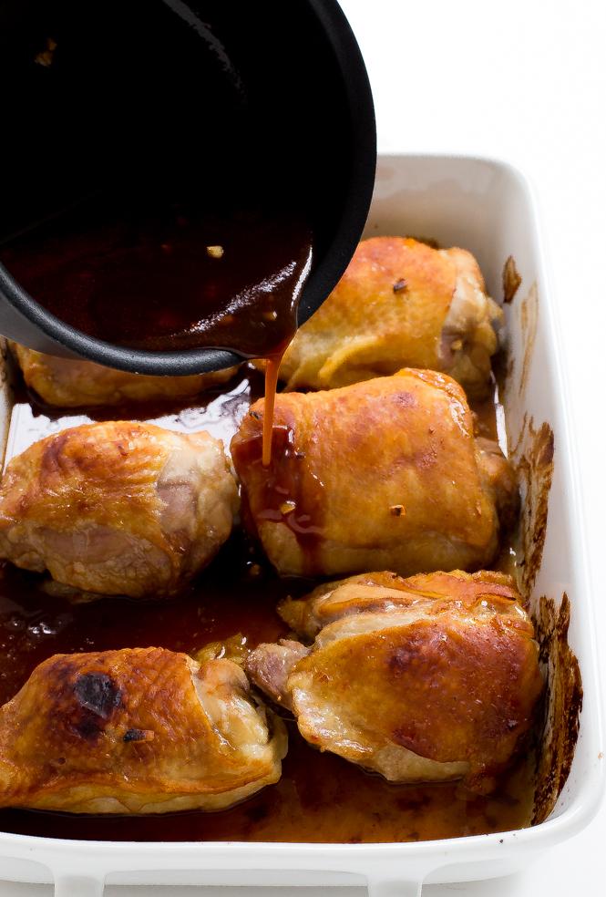 Honey Garlic Chicken Thighs | chefsavvy.com