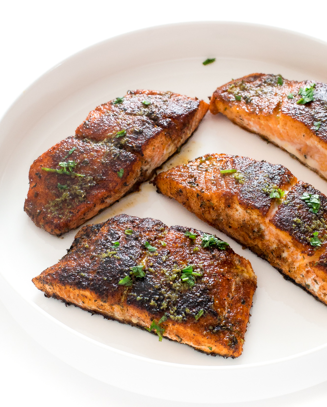 Blackened Salmon | chefsavvy.com