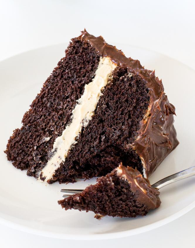 Caramel Chocolate Cake | chefsavvy.com