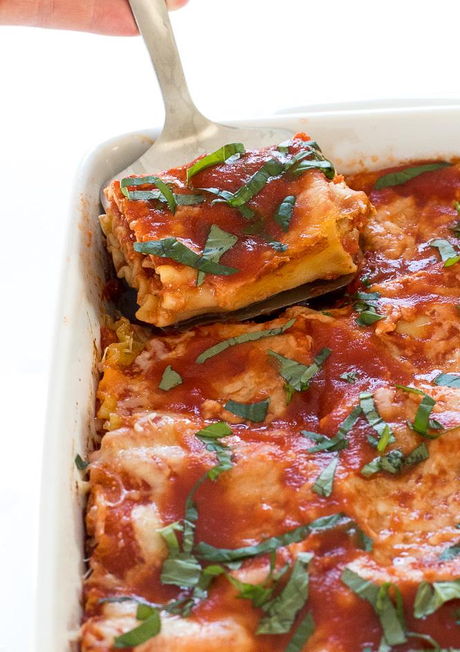 Chicken Lasagna Roll Ups | chefsavvy.com