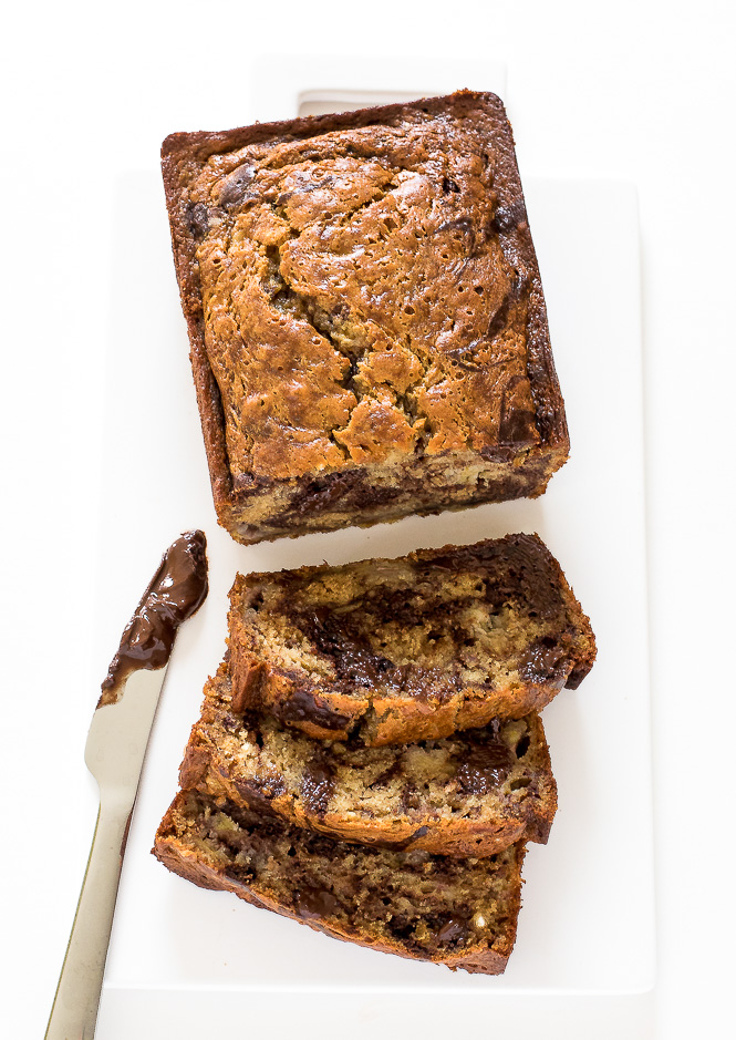 Marbled Chocolate Banana Bread | chefsavvy.com