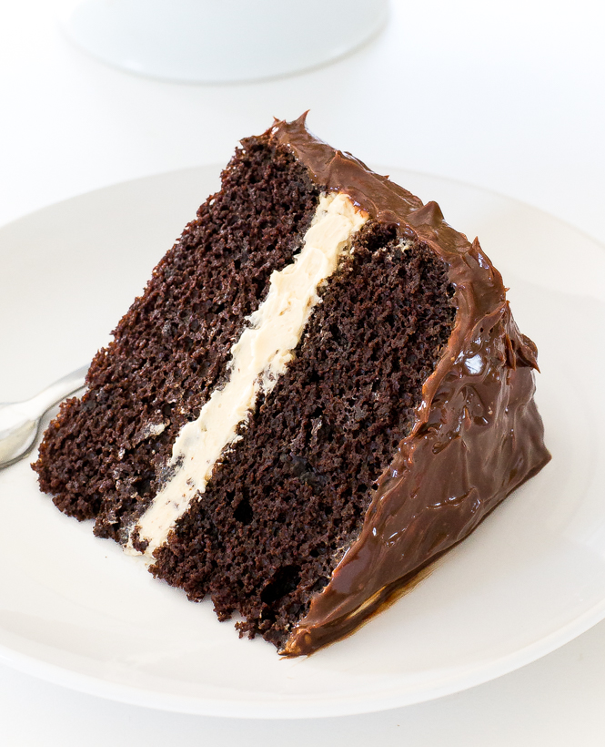 Salted Caramel Chocolate Cake | chefsavvy.com