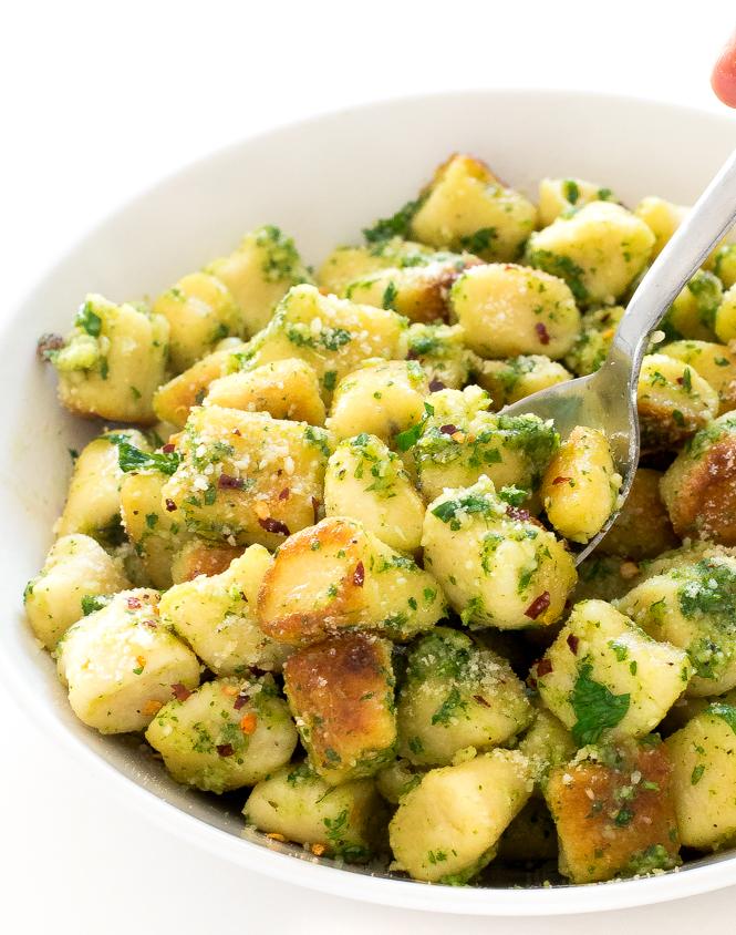 Parsley pesto gnocchi | chefsavvy.com