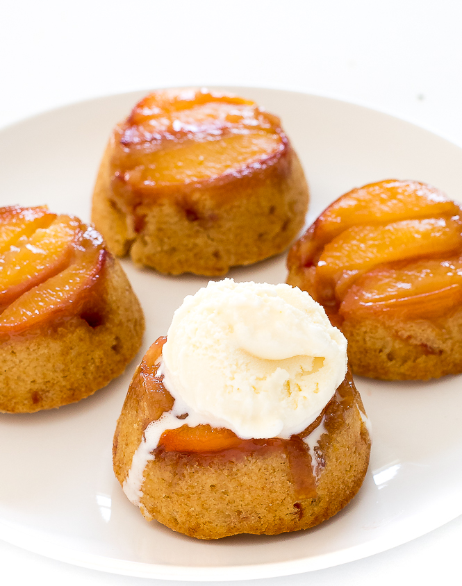 Mini Peach Upside Down Cakes | chefsavvy.com