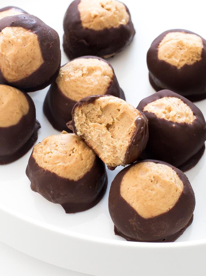 Peanut Butter Buckeyes | chefsavvy.com