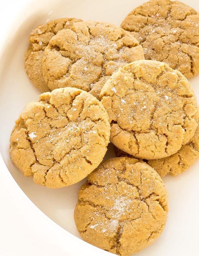 Peanut Butter Cookies | chefsavvy.com
