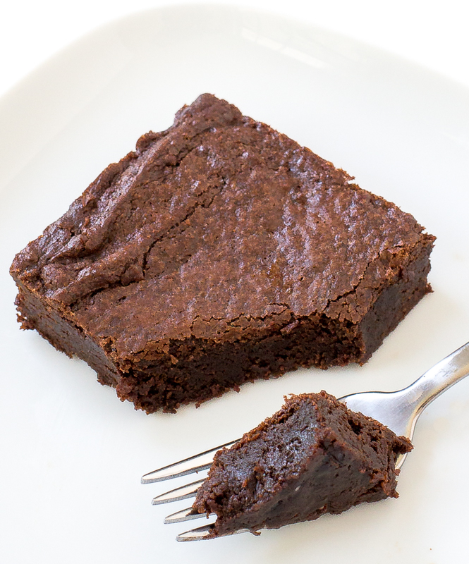 The BEST Brownies | chefsavvy.com