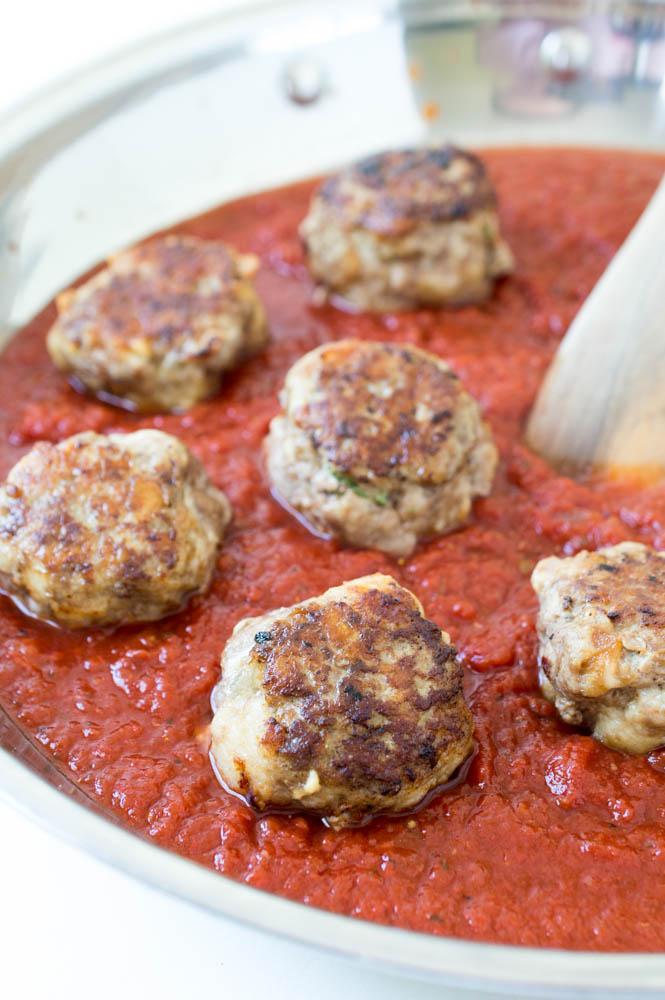 Easy Italian Meatballs | chefsavvy.com