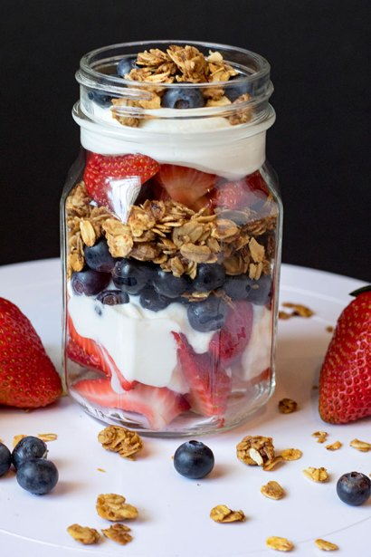Cinnamon Toasted Berry Parfait