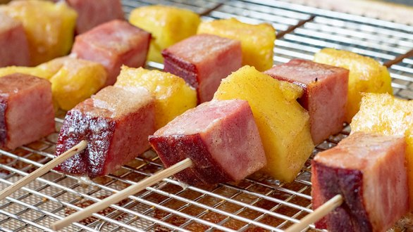 Oven Baked Ham and Pineapple Skewers