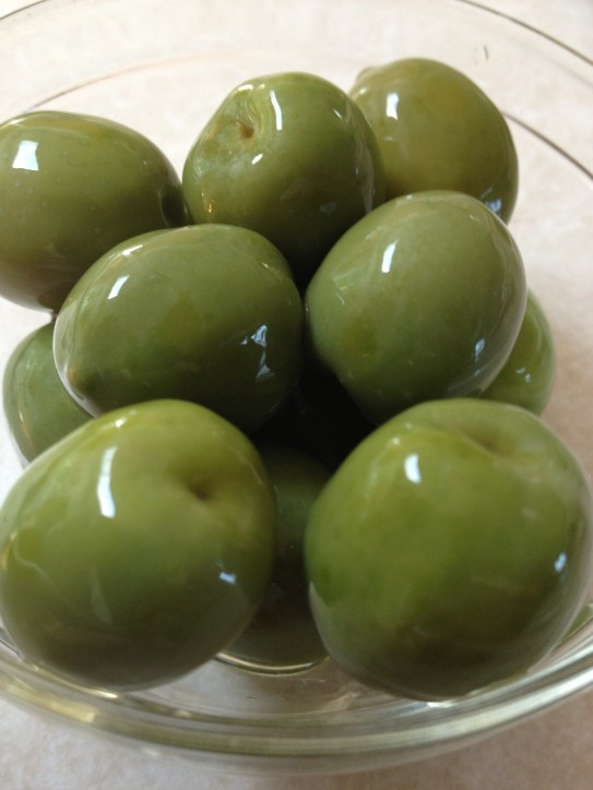 I'm in love with Partanna Castelvetrano olives.