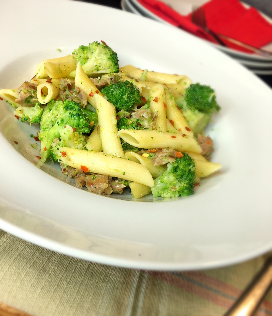 images Penne With Black Kale, Sausage, and Roasted Peppers