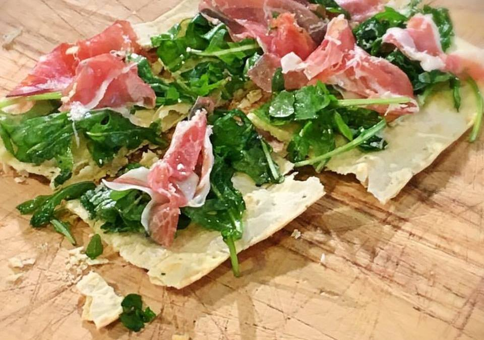 Flatout Rosemary Pizza Crusts with Arugula, Prosciutto and Fontina