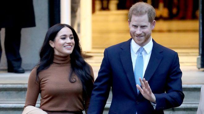 Елизавета II поддержала желание Гарри и Меган начать новую жизнь