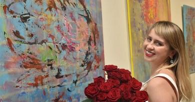 В Киеве открылась юбилейная выставка художницы Оксаны Брензович «Агапэ. Love»