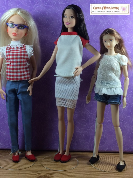 Chelly Wood Dot Com offers free, printable sewing patterns for dolls of many shapes and sizes. Image shows Sekiguchi PetWorks Momoko doll standing next to Tall Barbie and a Liv doll from Spin Master. Some of the doll clothes they are wearing are handmade items created by Chelly Wood.