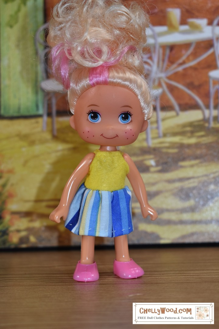 These patterns (which will arrive as a free PDF on Thursday, Feb. 6, 2020 at ChellyWood.com) will fit 4-inch dolls like Kelly doll and 5-inch dolls like Chelsea doll, along with many other dolls in the 4-5 inches height range.