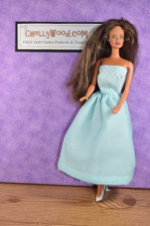 This vintage Teresa (Barbie's Latina friend) doll is wearing a handmade dress in pale blue. It reminds us of Elsa from the Disney movie. The bodice of the dress is even patterned with tiny snowflakes. Click on the link in the caption, and it will take you to a page where you can download and print all the free printable sewing patterns for making these doll clothes, along with links to tutorial videos that show you how to make this outfit.