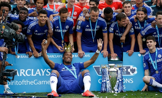 Jogadores festejaram o título da Premier League (Foto: The Guardian)