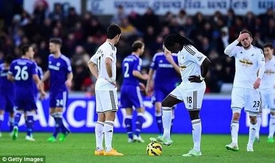 Chelsea goleou o Swansea no último encontro