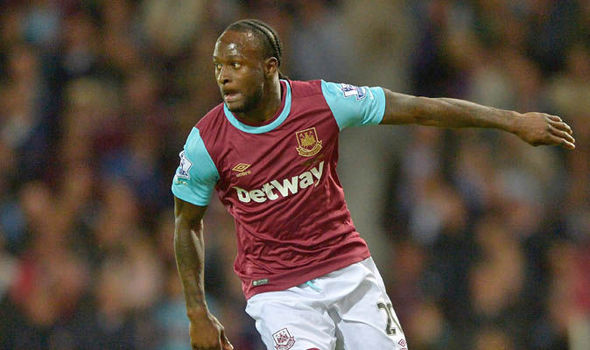 Victor Moses com a camisa do West Ham (Foto: Getty Images)
