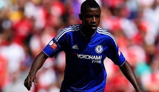 Com poucas chances, Ramires procura deixar o clube (Foto: Getty Images)