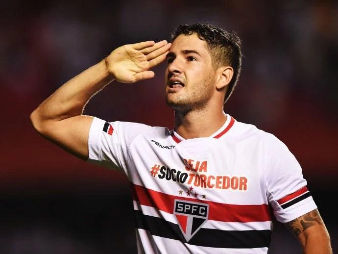 Pato viveu bons momentos no São Paulo (Foto: Ricardo Matsukawa/VEJA.com)