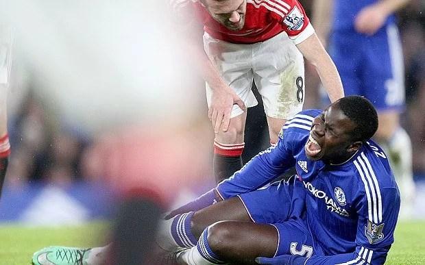Mesmo com Zouma fora por seis meses, Terry pode não ter o contrato renovado pelo Chelsea (Foto: Telegraph)