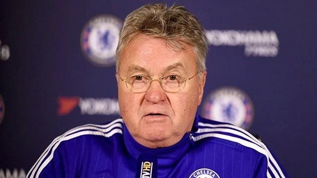 Hiddink lembrou o título da FA Cup de 2009 (Foto: Chelsea FC)